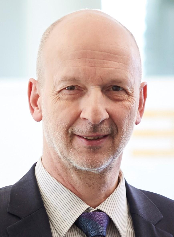 Dr. Andreas Rebetzky